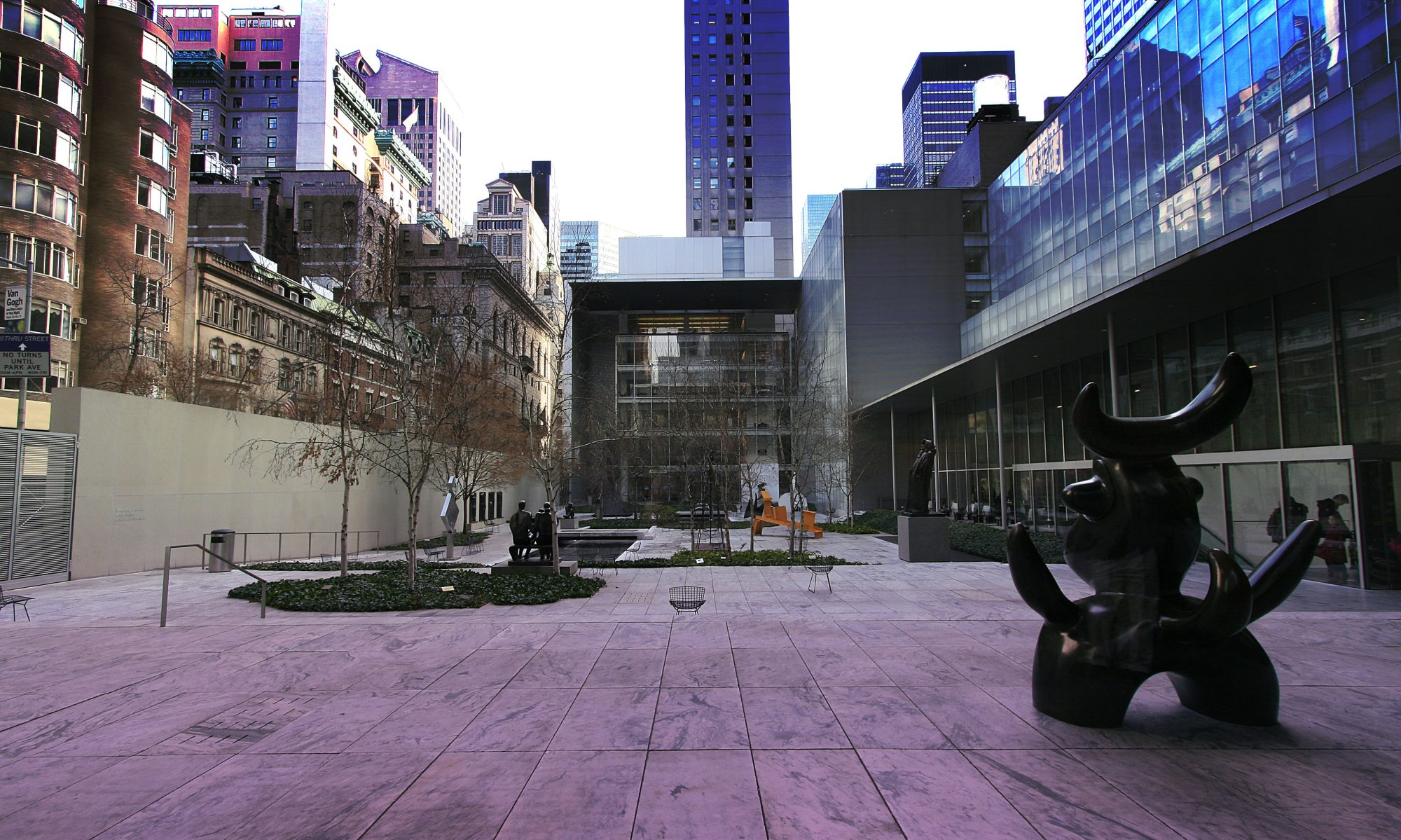 株式会社アインスコーポレーション|愛知県名古屋市のデザイン制作 - WEB・印刷・SNS等のマルチメディアに特化した広告代理店 - EINS CORPORATION